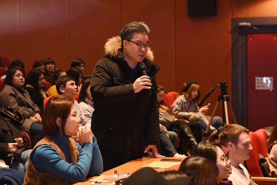 CAU_4528_심사위원 소개_현명호 언어교육원장.JPG